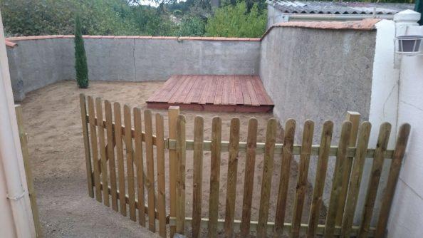emejing barriere de jardin a planter images. Black Bedroom Furniture Sets. Home Design Ideas
